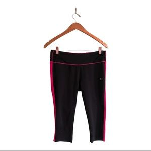 Under Armour Run Black and Pink Cropped Leggings M
